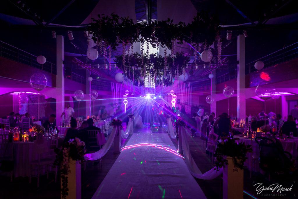 Soirée au RJ16 Illkirch,animation par DJ Matt pendant la journée de mariage par yvan marck photographe de mariage a strasbourg en alsace