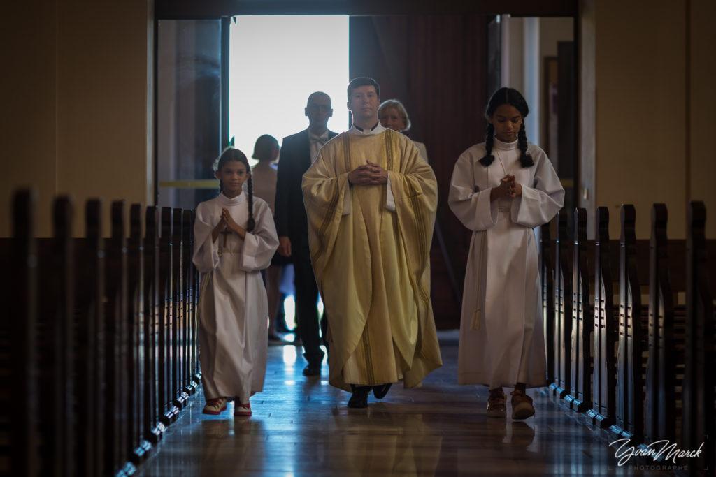 ceremonie-religieuse-eglise-scherwiller-photographe-mariage-haut-rhin-yvan-marck