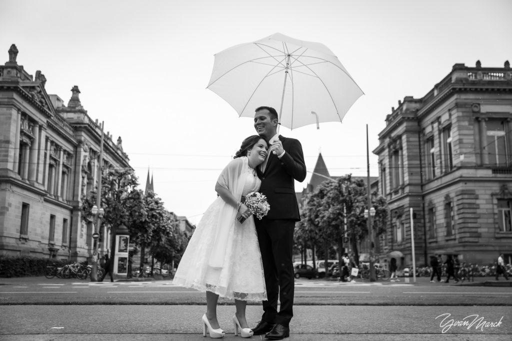 Place de la république mariage franco-brésilien à la villa quai sturm par yvan marck photographe de mariage à strasbourg Alsace