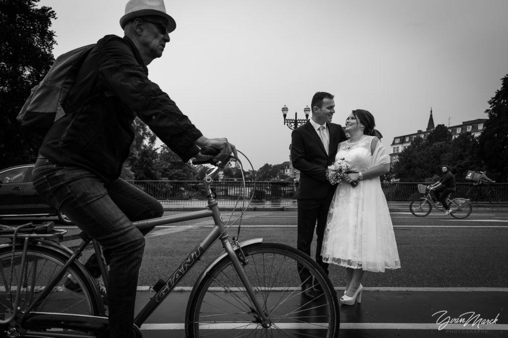 Balade à  Strasbourg mariage franco-brésilien à la villa quai sturm par yvan marck photographe de mariage à strasbourg Alsace