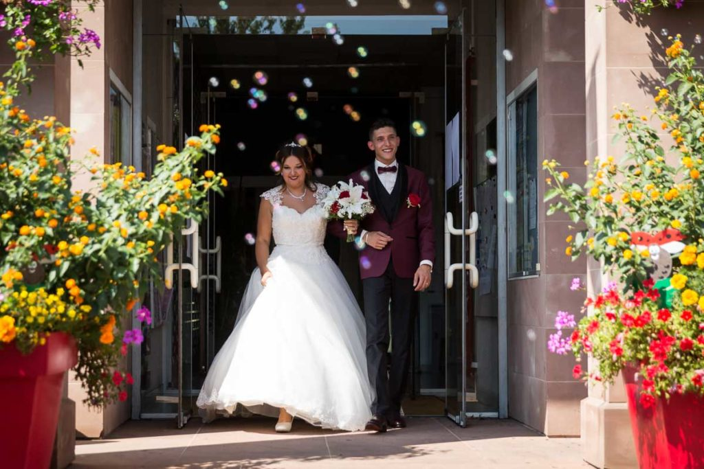 ceremonie mariage mairie sortie bulles
