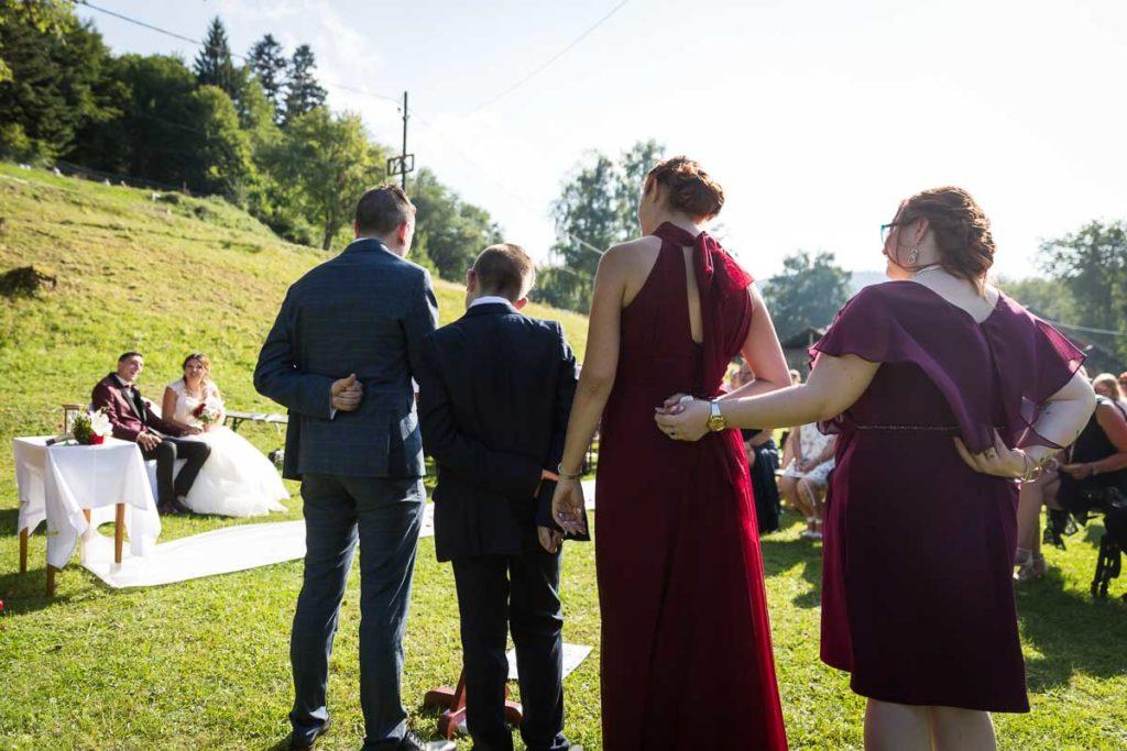 les temoins des maries ceremonie laique