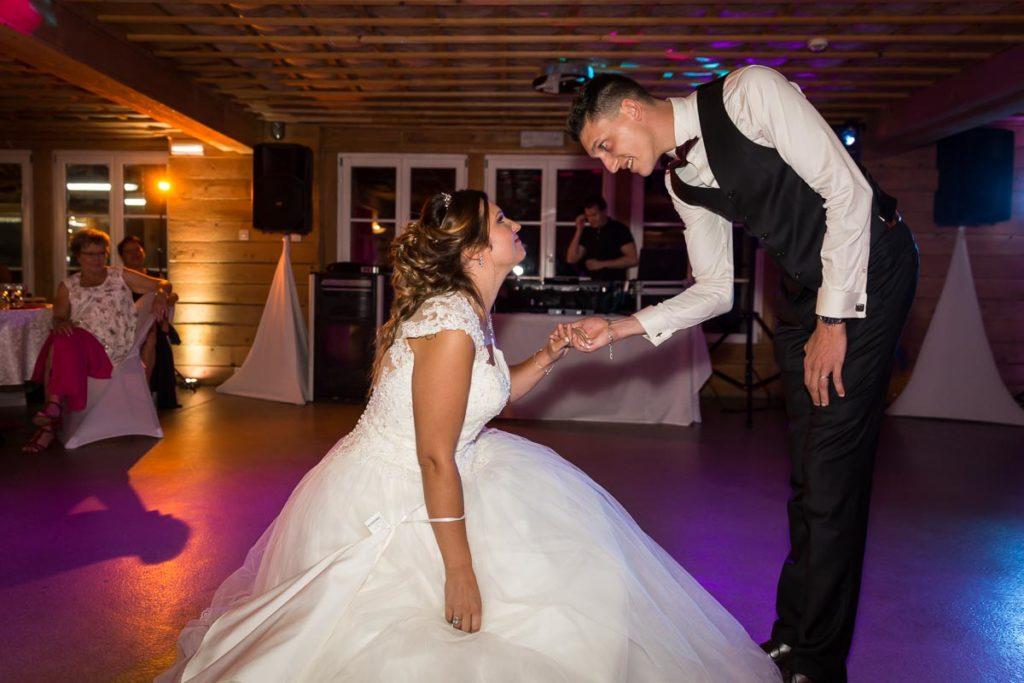 danse de couple soirée mariage conte de fée