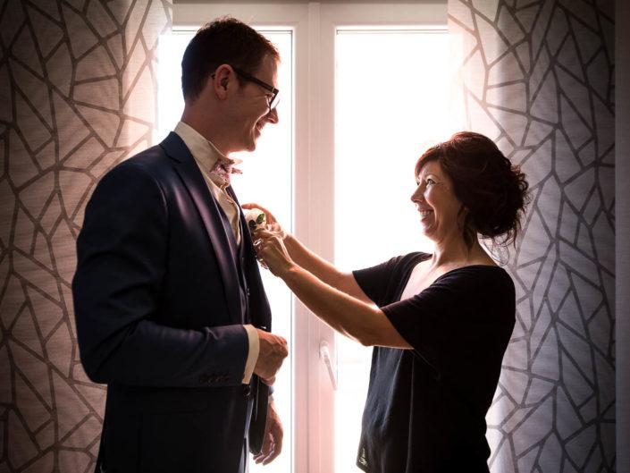 mariage maman aide fils preparatifs