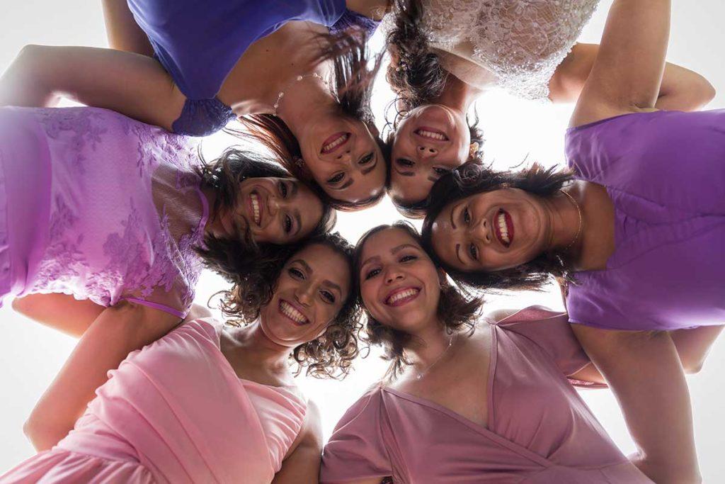 Des robes assorties pour les demoiselles d'honneur