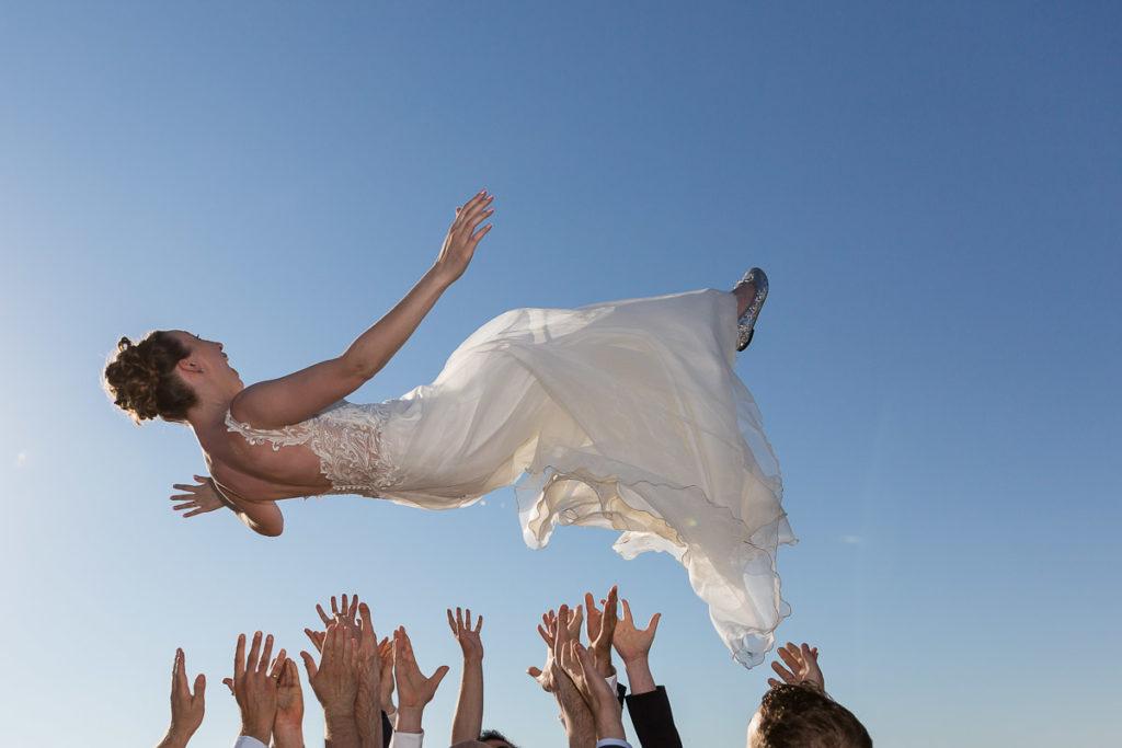 la mariée saute
