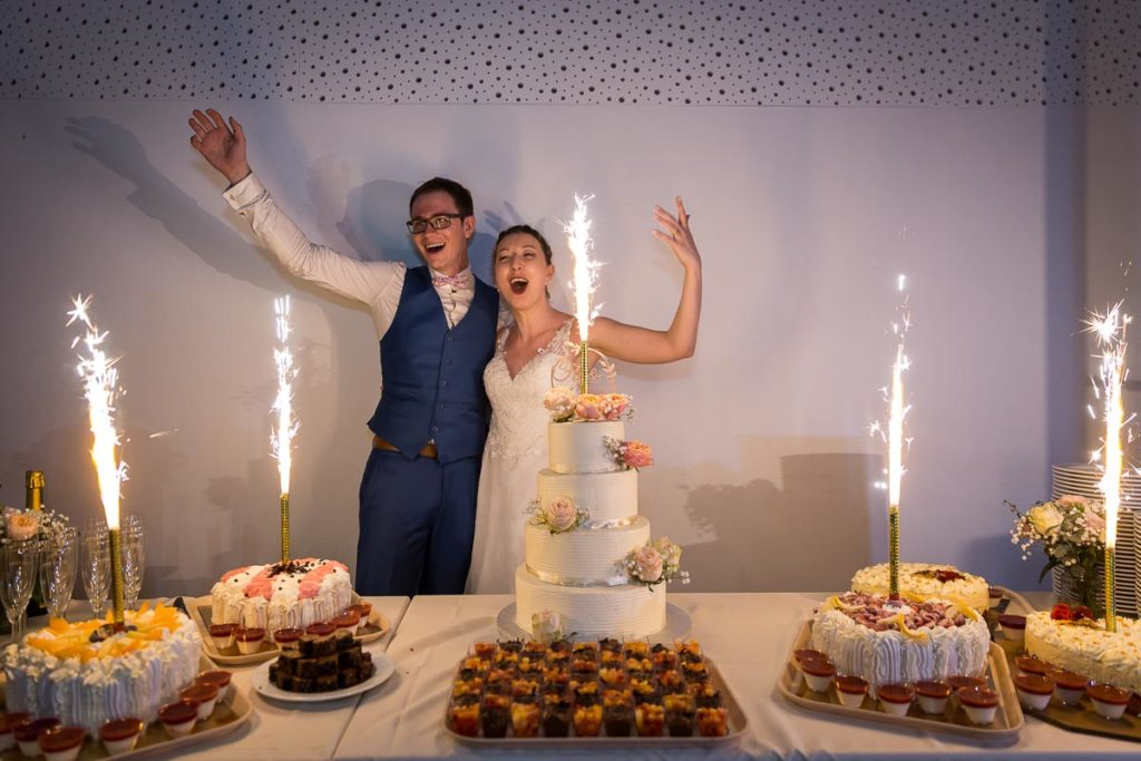 les mariées et le dessert