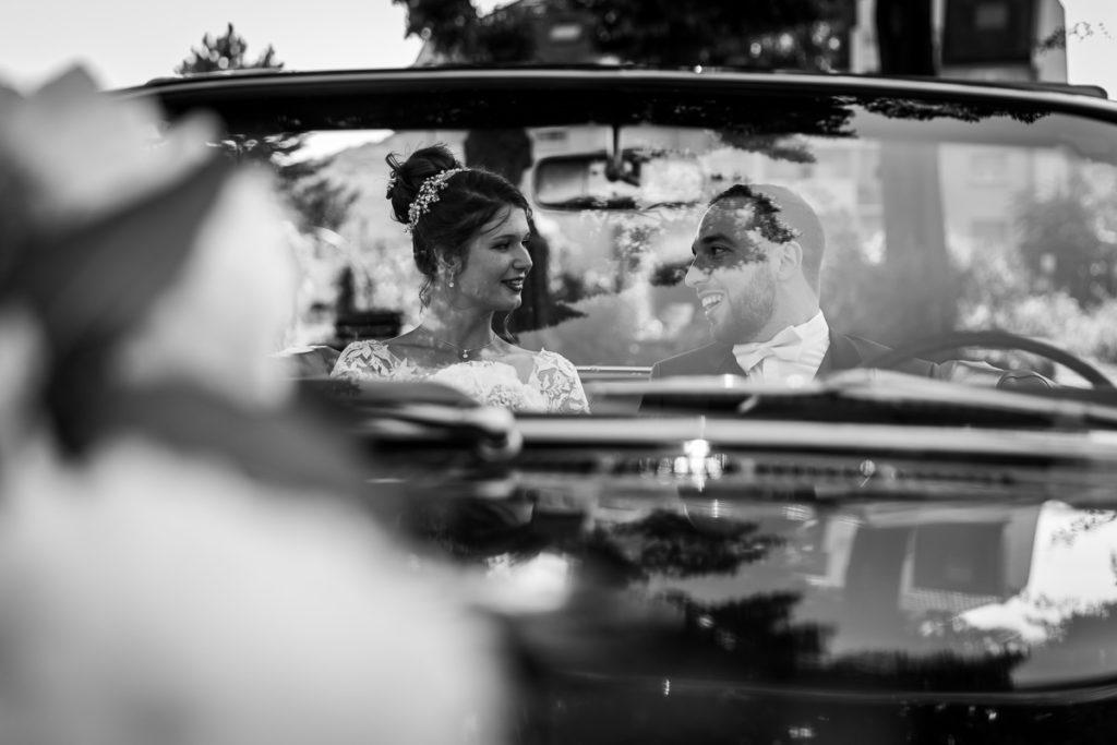 séance couple Saverne voiture photographe mariage